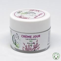 Crème de jour au lait d'ânesse bio et aloé vera bio parfumée à la fleur de cerisier.