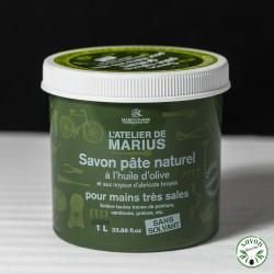 Savon pâte naturel huile d'olive et noyaux d'abricots broyés